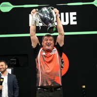 Suljovic gewinnt die Unibet Champions League of Darts